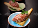 Тартар от телешко месо с яйчен домаше...