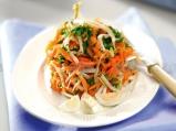 Салата с моркови и пъдпъдъчи яйца