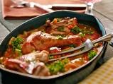 Пилешки бутчета с арпаджик и зеленчуци