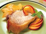 Свинско с праскови