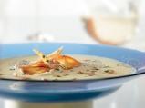 Супа от пащърнак с картофен чипс и пу...