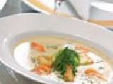 Крем супа от карфиол с крутони, поширан праз и пушена сьомга 4