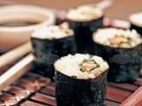 Суши със сьомга