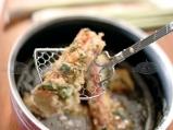 Панирани рулца с билкова паста