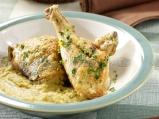 Пилешки бутчета с пюре от кестени и гъби