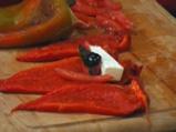 Рулца с печени чушки и сирене 4