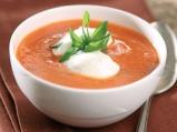 Доматена крем супа със сметана и див лук
