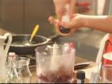 Тортила чипс с дип от червен боб 3