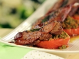 Телешко салтимбока с гратенирани домати