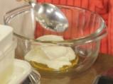 Печени във вино ябълки с млечен сос  4