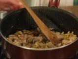 Пилешко с орехи по албански 4