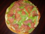 Пица с пушена сьомга