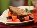 Печено свинско с кореноплодни зеленчу...