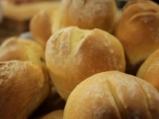 Хлебчета с мляко 6