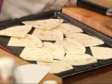 Топла салата от нахут с овче сирене 3