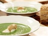 Крем супа от броколи с лешници и сирене