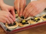 Минипици със спанак и пъдпъдъчи яйца 5