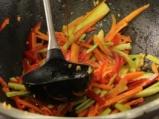 Ориз със зеленчуци в уок 5