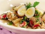 Салата от гъби с мариновани яйца
