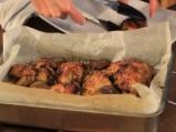 Печено пиле с ароматна коричка и маслини 6