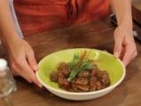 Телешко рагу с билки и маслини 6