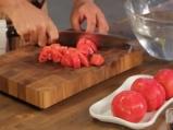 Салата от патладжани и домати с козе сирене 2