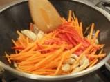 Пилешко със зеленчуци в азиатски стил 3