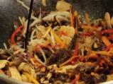 Пилешко със зеленчуци в азиатски стил 5