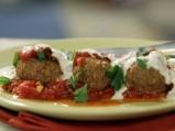 Кюфтета от булгур с доматен сос