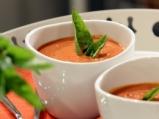 Доматена супа с кокосово мляко