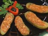 Пълнени кисели краставички със зрял ф...