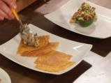 Салата с авокадо и риба тон 5