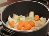 Печено пиле със зеленчуци 2