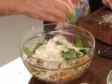 Салата от паста с печени чушки и маслини 5