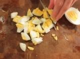 Риба треска под картофена коричка 3