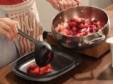 Гратен от круши и малини с бадемова коричка 2