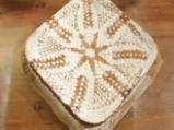 Бял шоколадов кейк с марципан 5