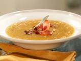 Супа от печена тиква с ябълки и бекон