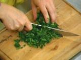 Руло с коприва и доматен сос 4