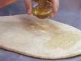 Орехова пълнозърнеста пита със стафиди 2