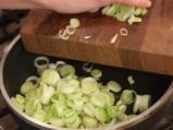 Запечени картофи с праз и моцарела 3