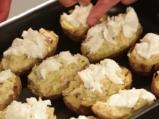 Запечени картофи с праз и моцарела 6