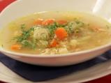 Пилешка супа с бяло вино