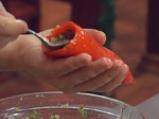Печени чушки, пълнени със салата
