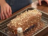 Тиквен кейк с течен шоколад и лешници 6