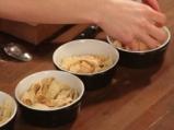 Печен крем с палачинки и горски плодове 4