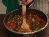 Паста с пилешко и доматен сос 4