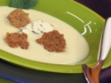 Супа от целина, синьо сирене и орехов...