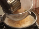 Супа с кокосово мляко и скариди  7