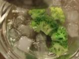 Пълнени пилешки рула с цветна салата 5